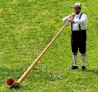 Playing alphorn_0.JPG